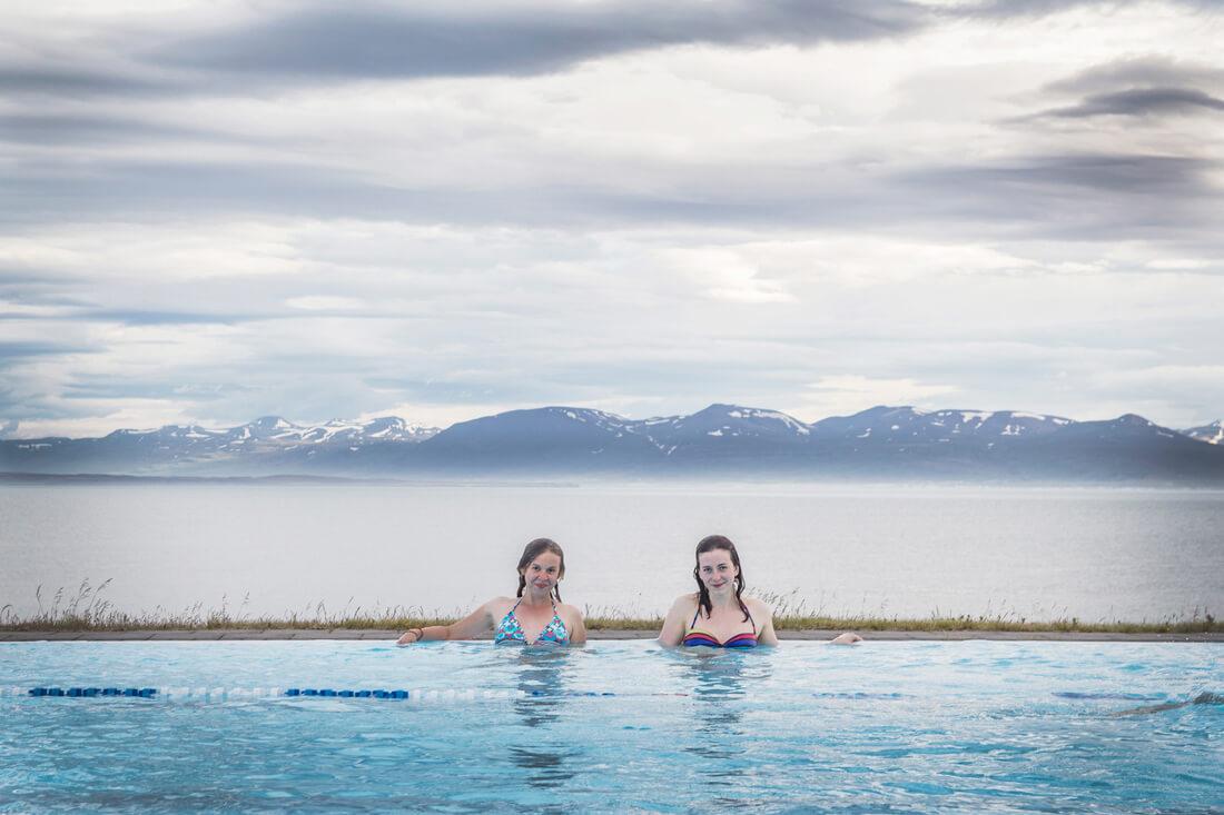 Islandia autostopem basen w Hofsós