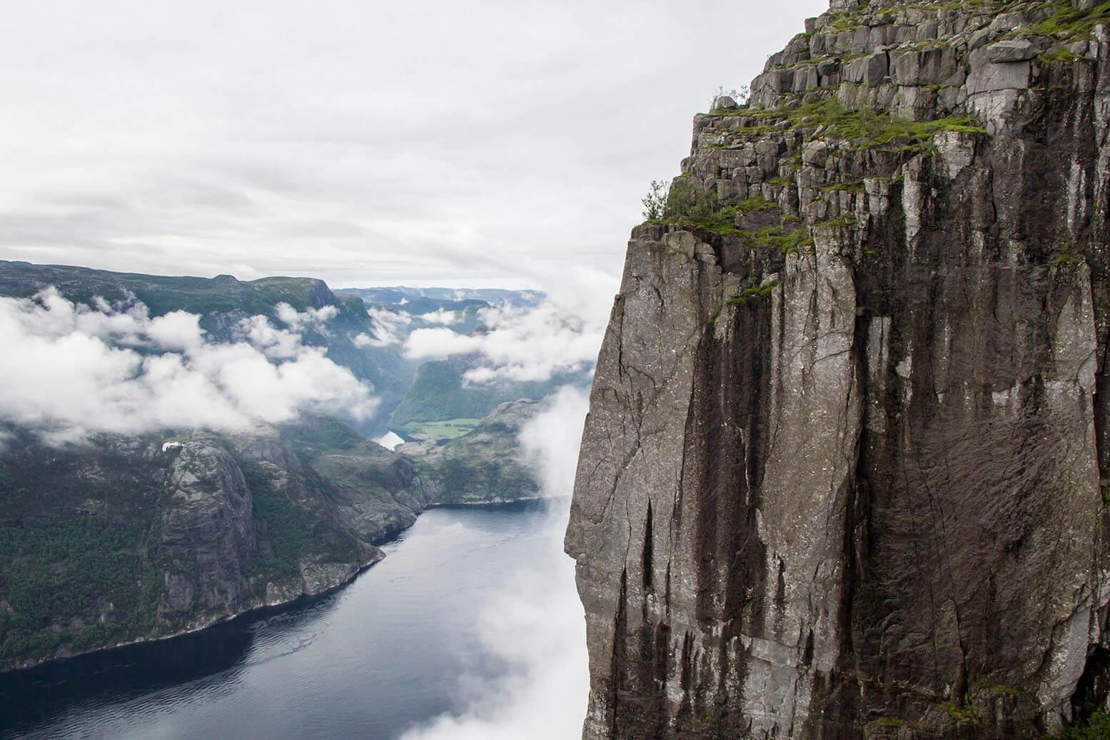 Norwegia, poranek na Preikestolen