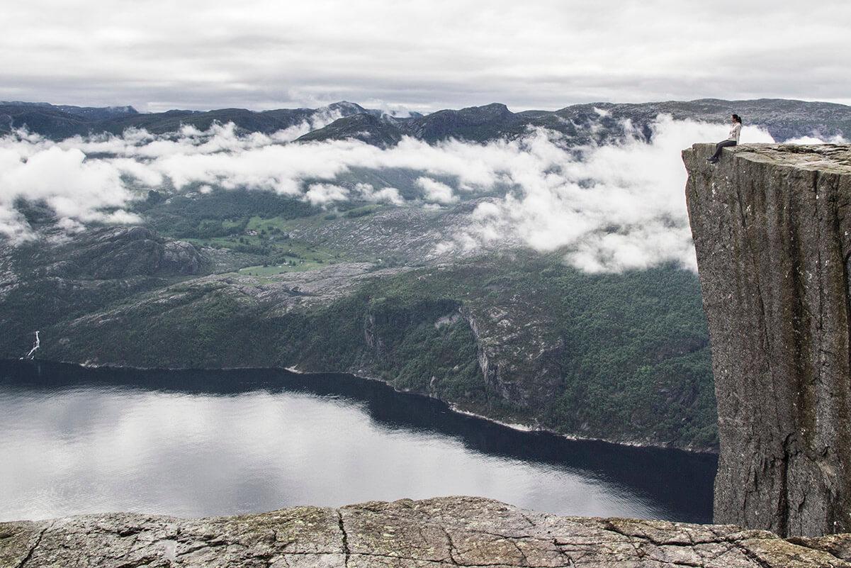 Norwegia, Preikestolen, polka skalna