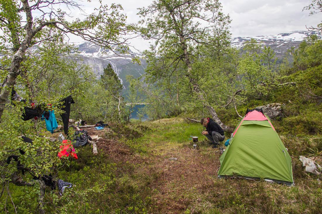 Norwegia nocleg i namiot Trolltunga