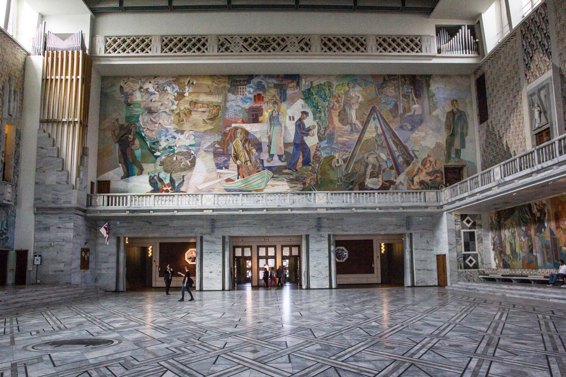 Norwegia Oslo ratusz freski