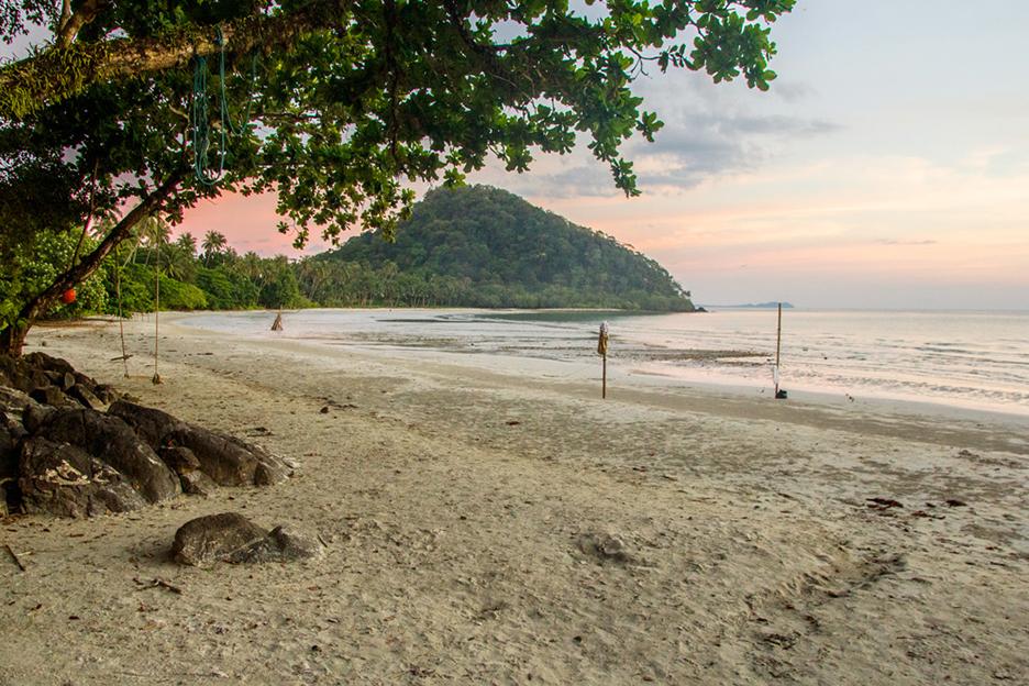 Tajlandia wyspa Koh Chang Long beach zachod slonca