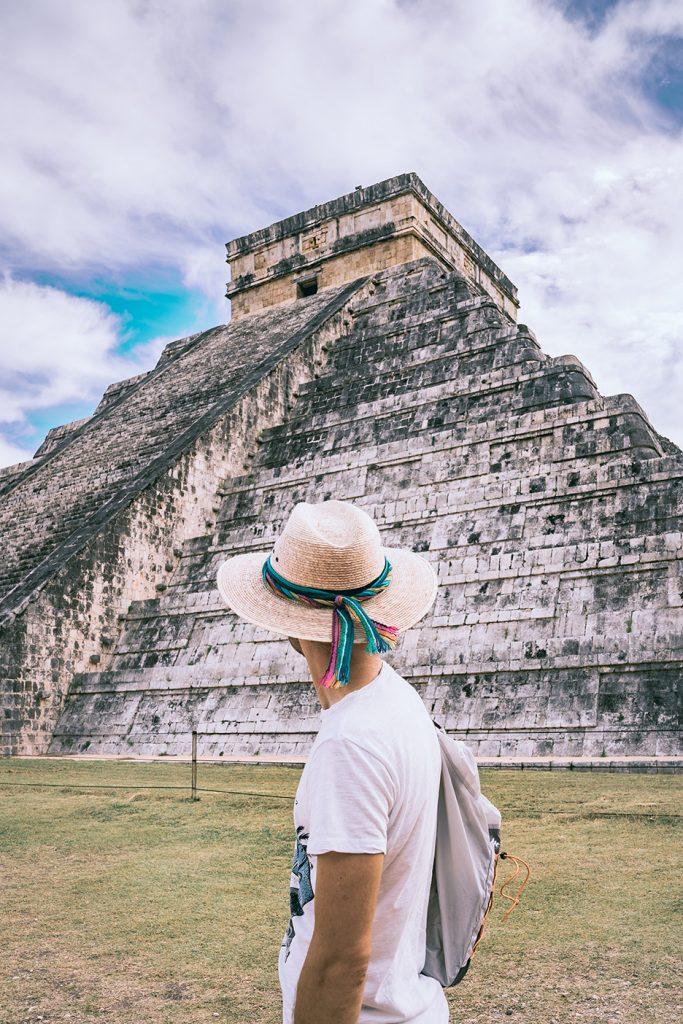 Strefy archeologiczne na Jukatanie: Piramida Kukulkana w Chichen Itza