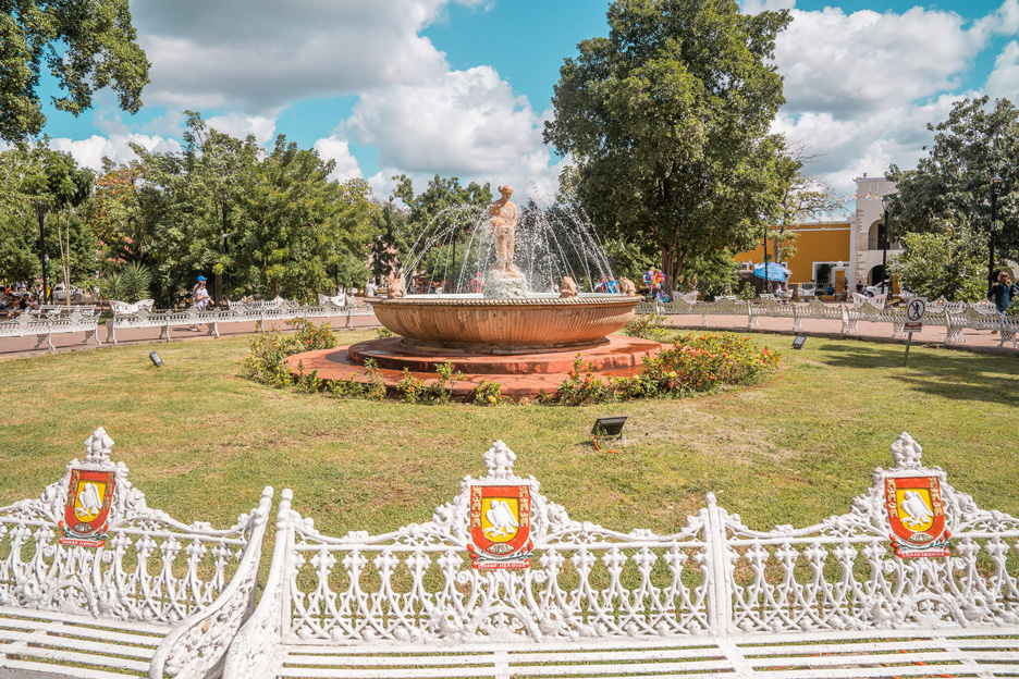 Miasta na Jukatanie, park w Valladolid