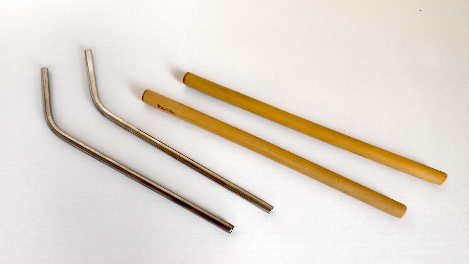 Prezent dla podróżnika, słomki wielokrotnego użytku metalowe i bambusowe