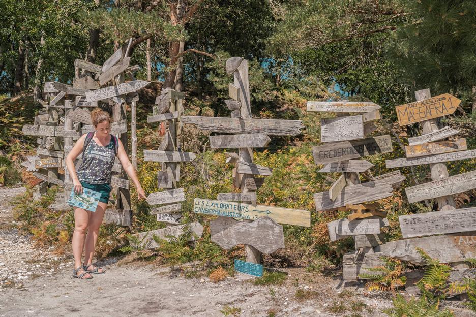 Wyspa Brownsea, pole namiotowe, tablice